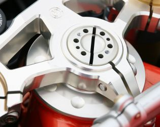 Billet Aluminium steering top triple yoke - Ohlins Racing 52mm